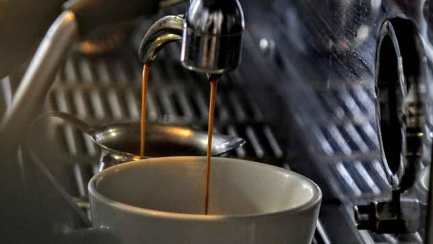 automat cafea pericol