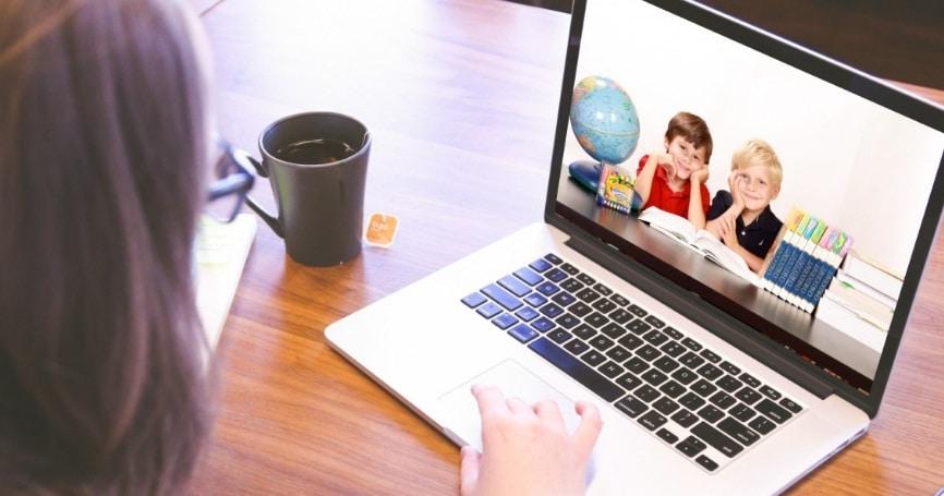 tablete laptopuri scoala online